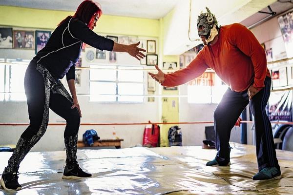mexico wrestler marcelona