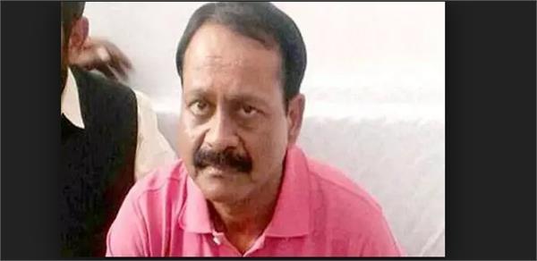 two prisoners madhav kumar and ajendra kumar dismissed