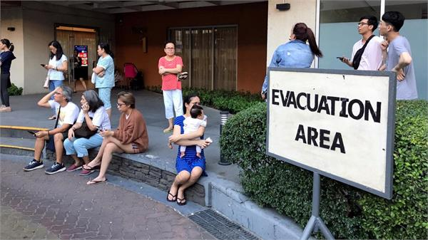 new earthquake of magnitude 6 4 strikes as philippines