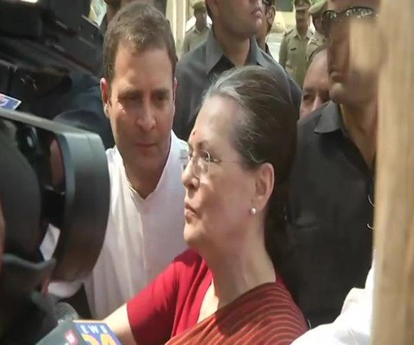 rahul again gave modi the challenge of open debate