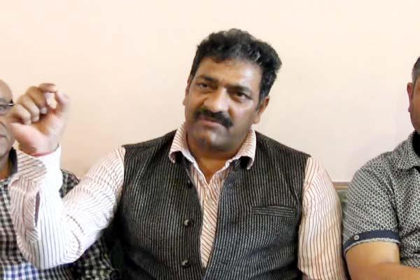 ajay rana said differences in bjp and congress s familyhood