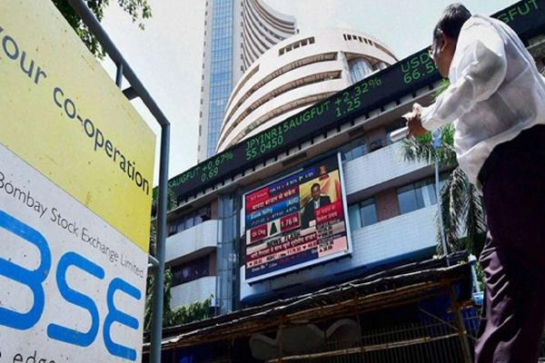 sensex up 336 47 points in early trade