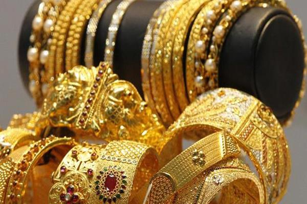 gold rebounds rs 30 silver down by rs 20