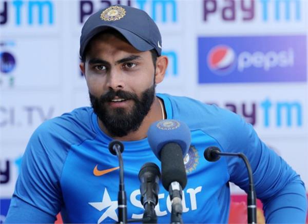 cricketer ravindra jadeja s father sister joins congress