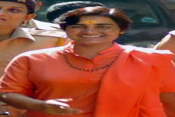 sadhvi pragya started her campaign in bhopal 23 for nomination