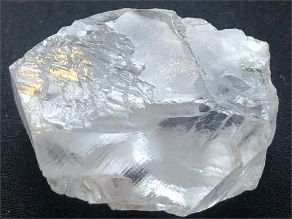 south africa s 117 year old cullinan mine yields 425 carat gem