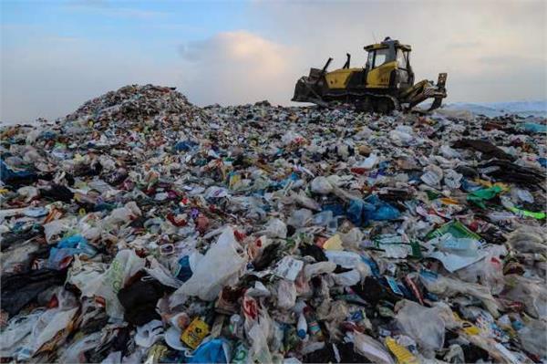 myanmar 90 killed in garbage slide in