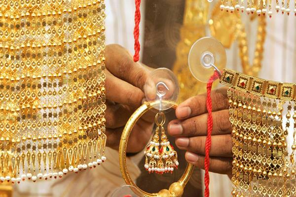gold silver price highest in two weeks highest in a month