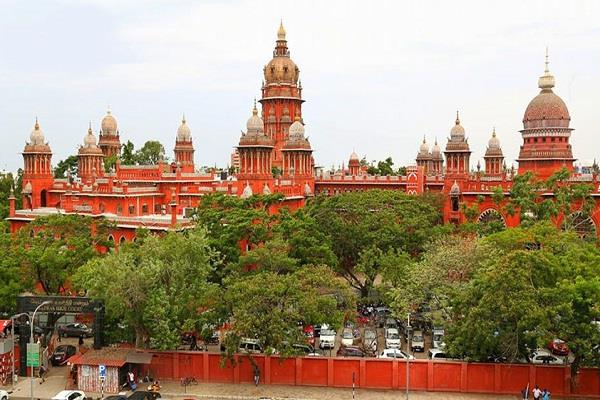 mutual consent at the age of 16 are out of the pauxo act madras high court
