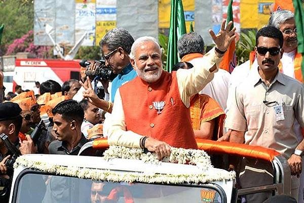 pm modi to do road shows in orissa on tuesday