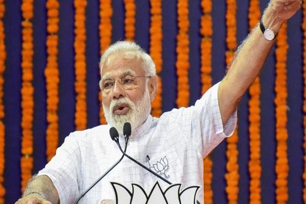 gujarat untimely gale rain death of two pandal made for pm s meeting