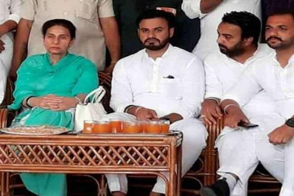 gangar randeep daur party joins congress party pole