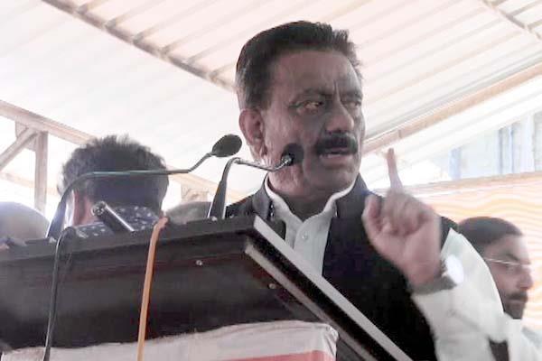 rathore warns congress leaders from open forum