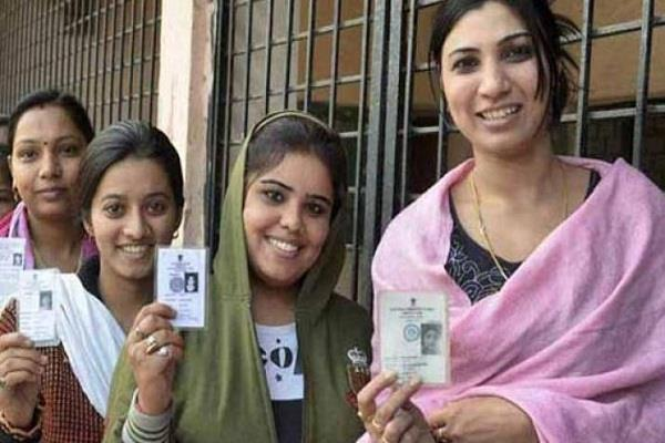 kashmiri pandits have displaced the voters  names