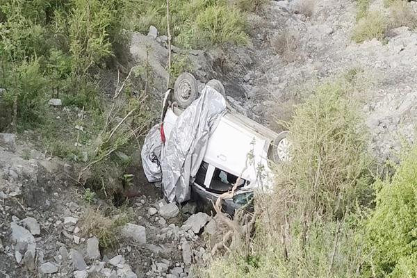 teesa road accident 3 injured