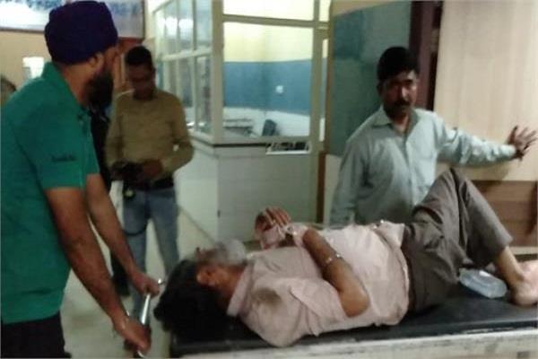 jalandhar phagwara road collide with dividers 14 injured
