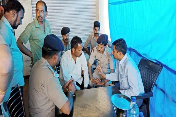 dhaba operator committed suicide