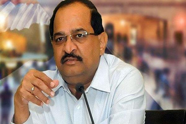 vikhe patil leaves office of leader of opposition in maharashtra