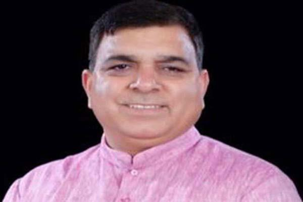 suresh chandel claim kept on congress ticket from hamirpur