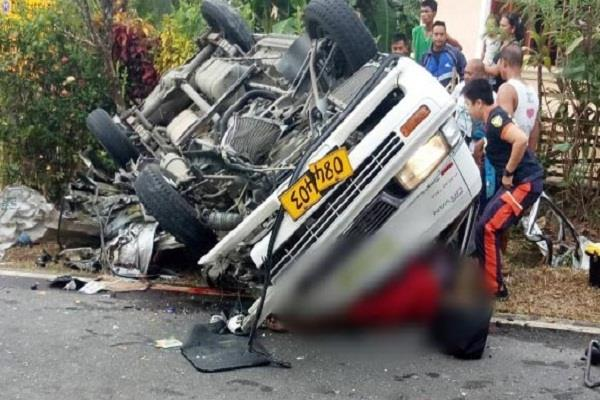 philippines 8 people died and 13 injured in road accident