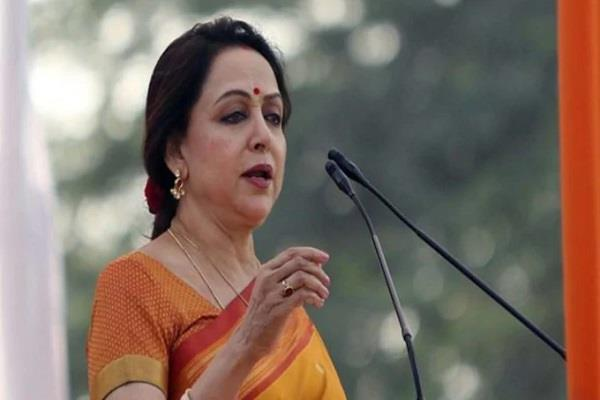 hema malini to make road show in manasa in favor of badal