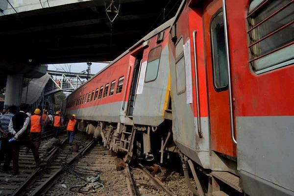 warning of big threats giving small train accidents