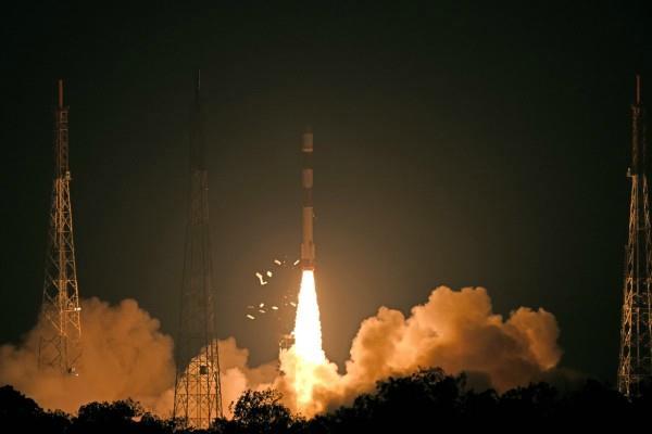 isro pslv c46 successfully injects satellite risat 2b