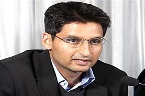 deepender hooda commented on pm modi