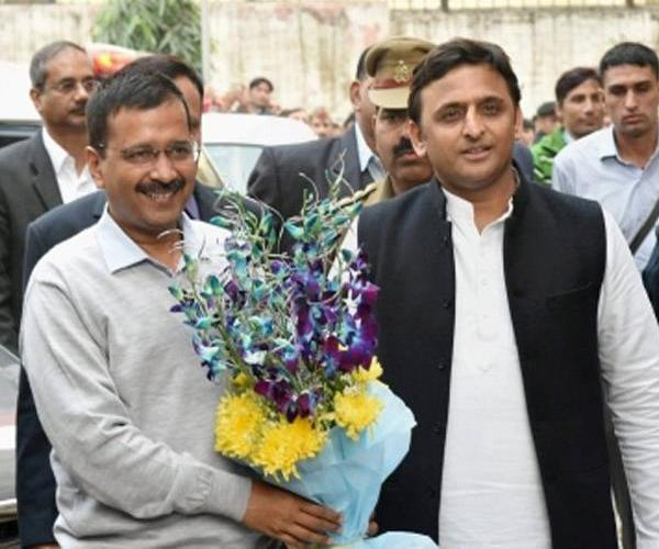 kejriwal and akhilesh told each other together