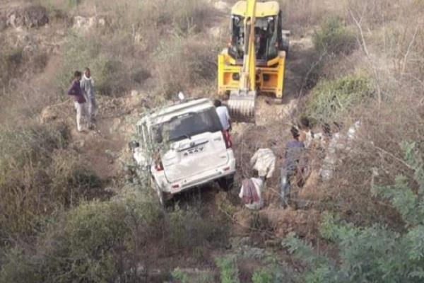 road accident former mla s scorpio flips uncontrolled