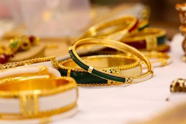 akshay tritiya good opportunity to buy gold fear of trade war will increase