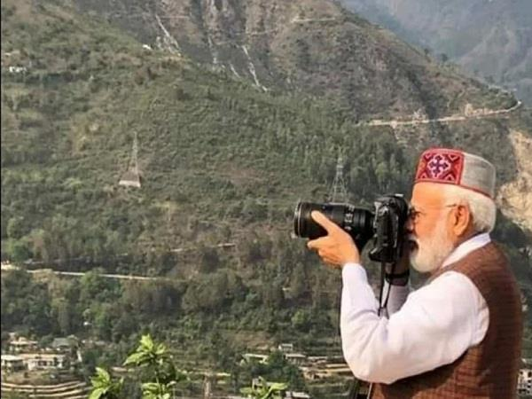 himachal pm modi has caught down camera chopper moments of leisure