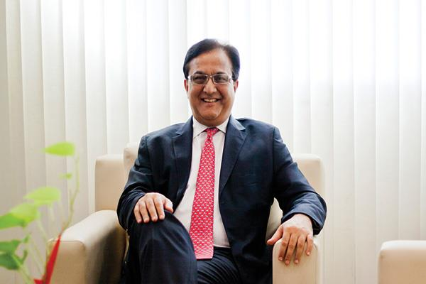 yes bank will withdraw rs 1 44 crore bonus from former md ceo rana kapoor