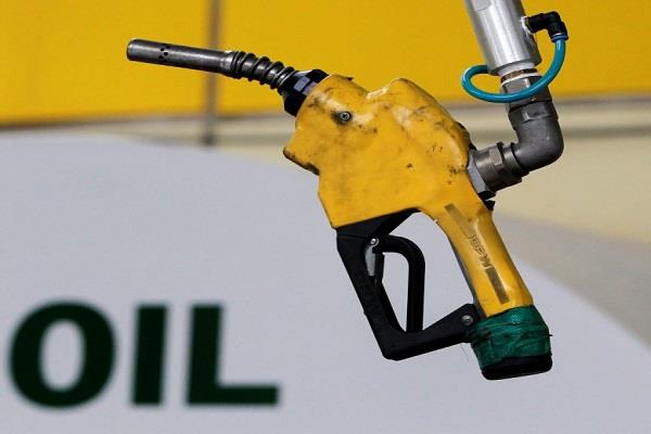 petrol diesel price cheaper for third day