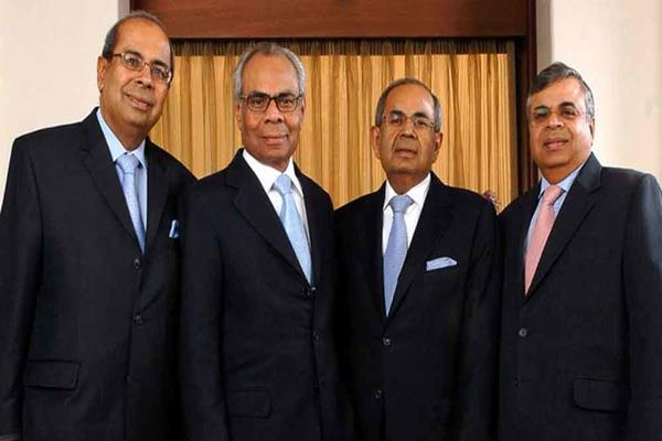 hinduja group banks and etihad may invest in jet to offer steak in company