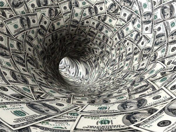 pakistan s rupee keeps sliding after imf loan