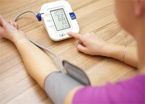 बढ़े हुए Blood Pressure को तुरंत कंट्रोल करेगा यह जूस