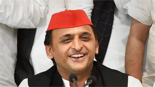 i will give support to congress if needed akhilesh