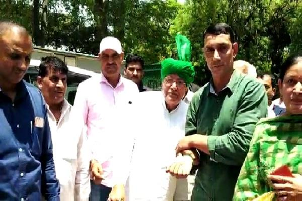 the meeting convened by former cm chautala