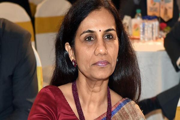chanda kochhar  her husband deepak kochhar arrive at ed office