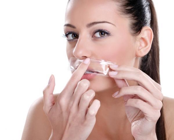 चेहरे की वैक्सिंग दौरान रखें इन 6 खास बातों का ध्यान