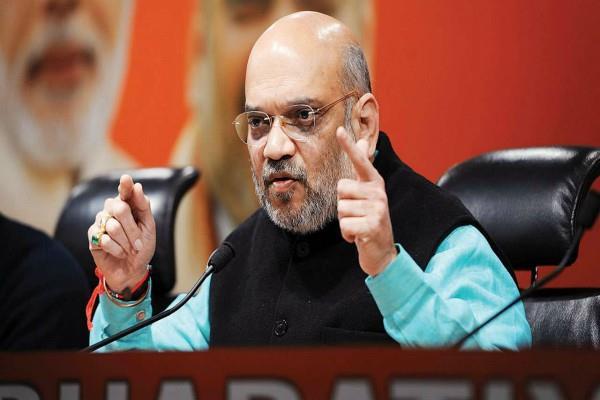 amit shah angry with sadhvi hegde statements on godse