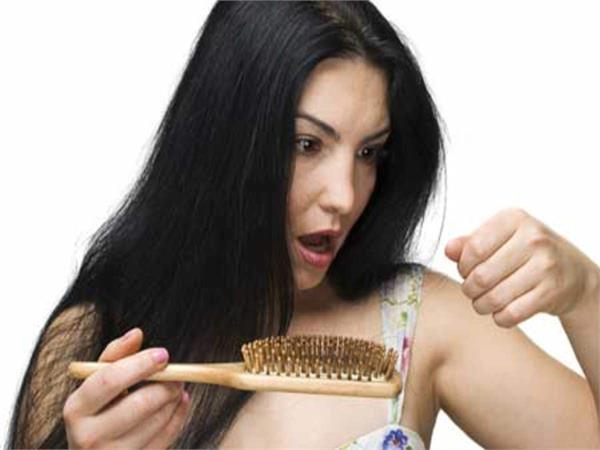 Hair Care: स्वस्थ बालों के लिए डाइट में लें ये 5 फूड्स
