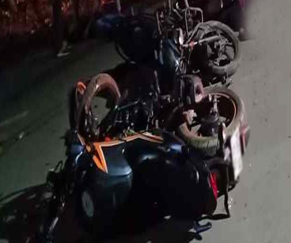 after the confrontation between the vehicles villagers beat bike rider
