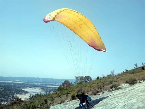 paragliding starts in jammu