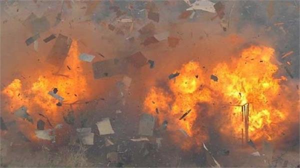 afghanistan explosion and gunfire rock kabul