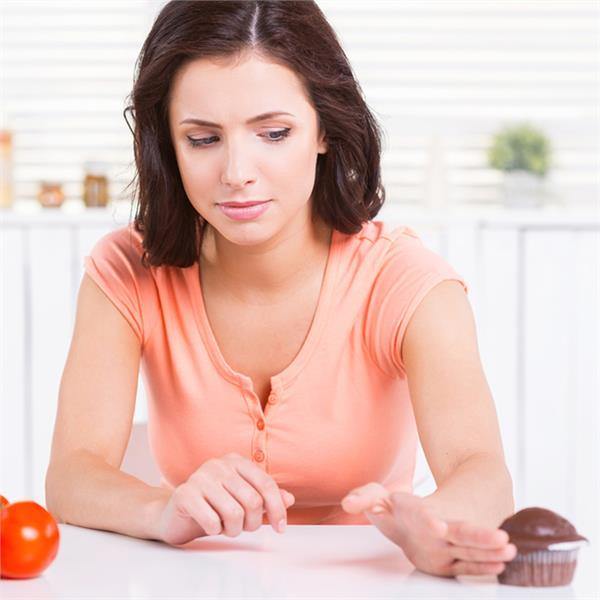 Health Alert! रात को अगर आप भी नहीं खाते खाना तो आपके लिए है यह खबर