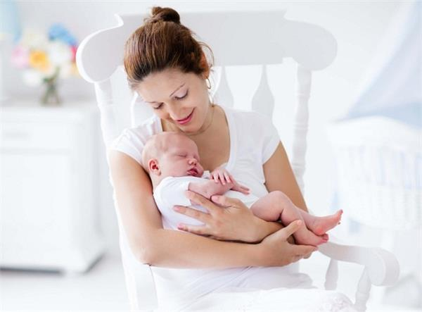 नई मांओं के लिए 9 जरूरी बातें
