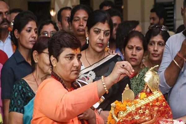 after victory pm will visit sadhvi pragya