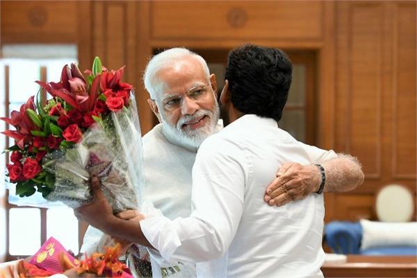 jagan mohan reddy meets narendra modi